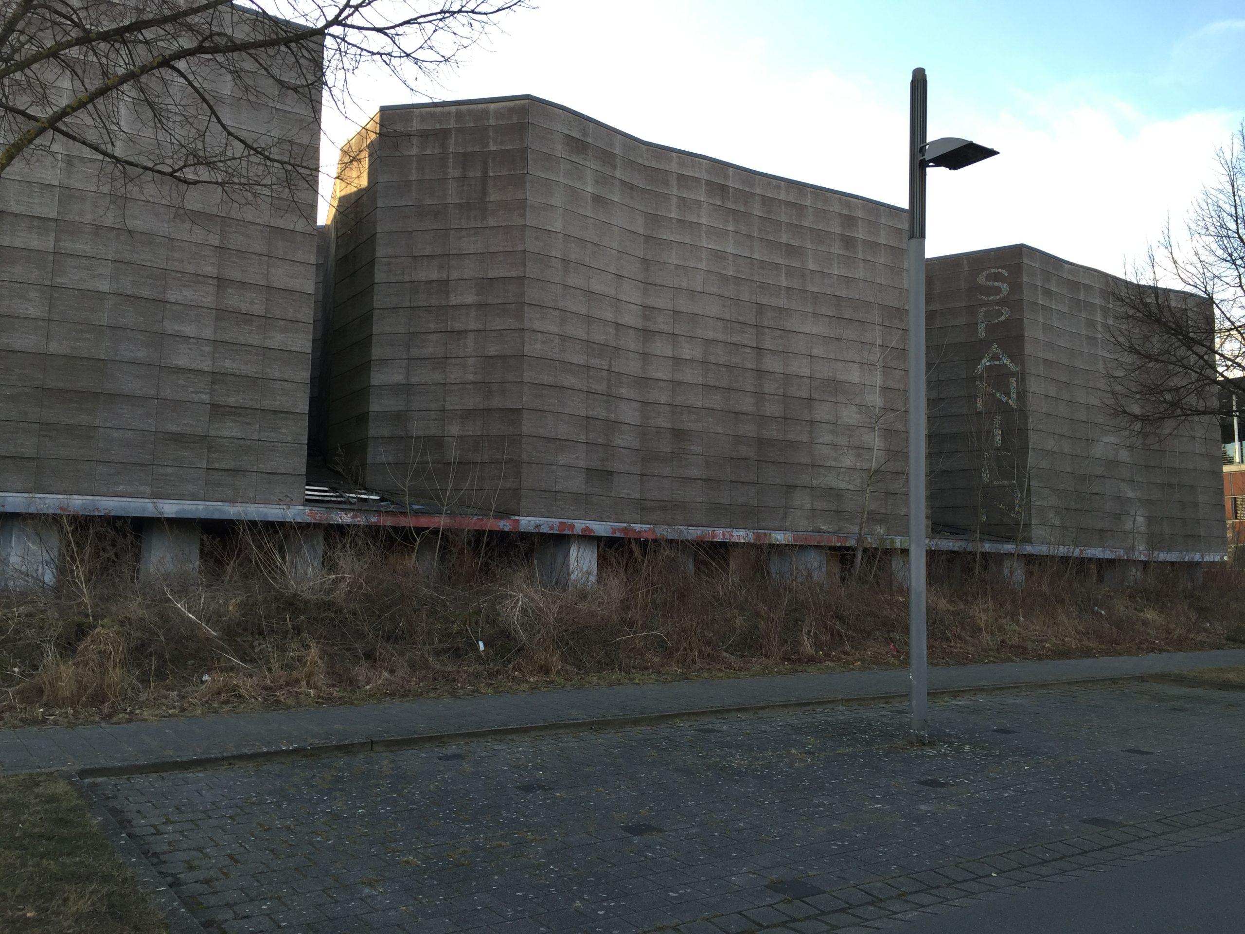 Verfallener Pavillon von Spanien